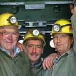 Bergleute in Originalmontur - bereit zum Schachteinfahren